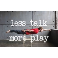 Gratis e-bog til Playbox LESS TALK MORE PLAY